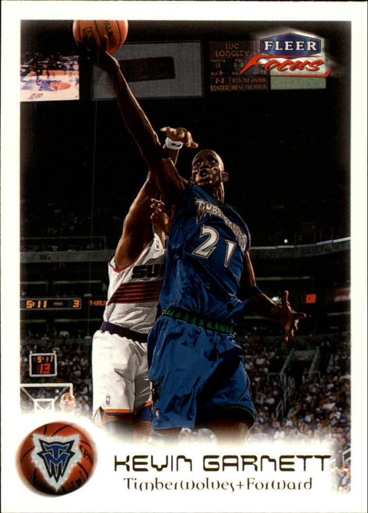 1999-00 Fleer Focus #30 Kevin Garnett