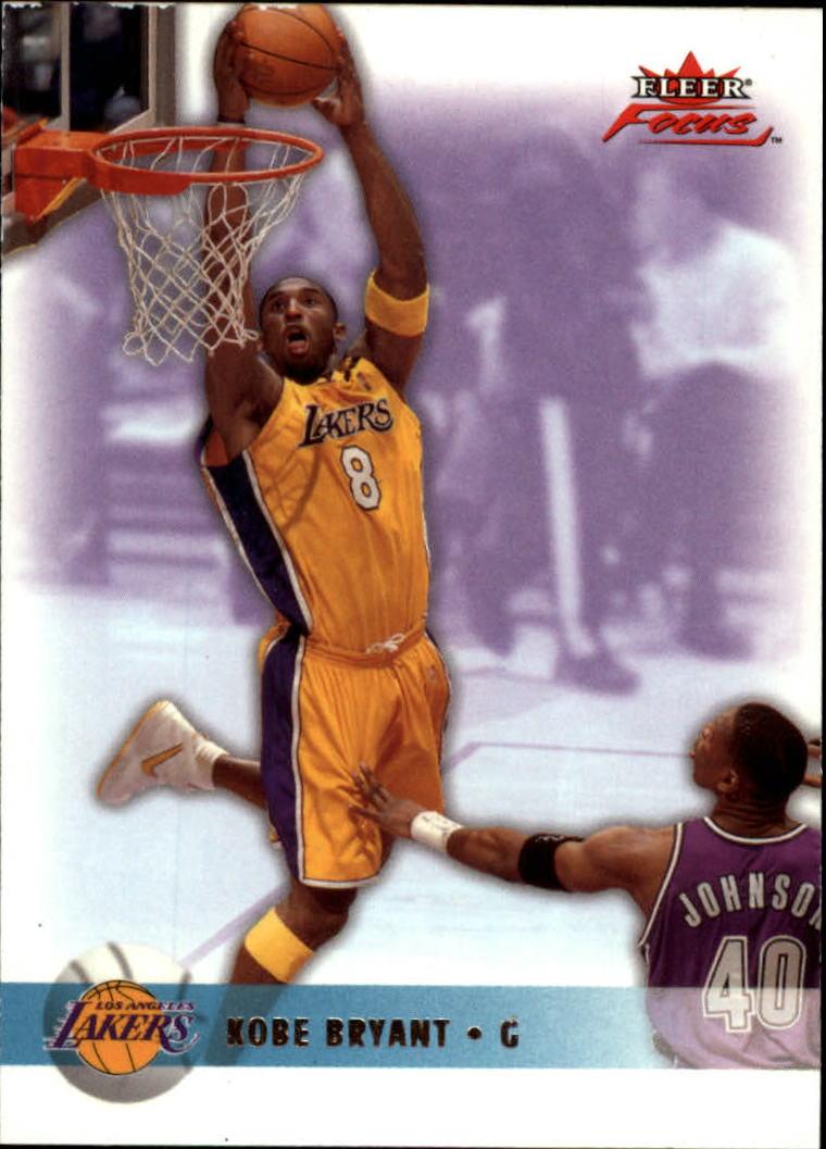 2003-04 Fleer Focus #22 Kobe Bryant