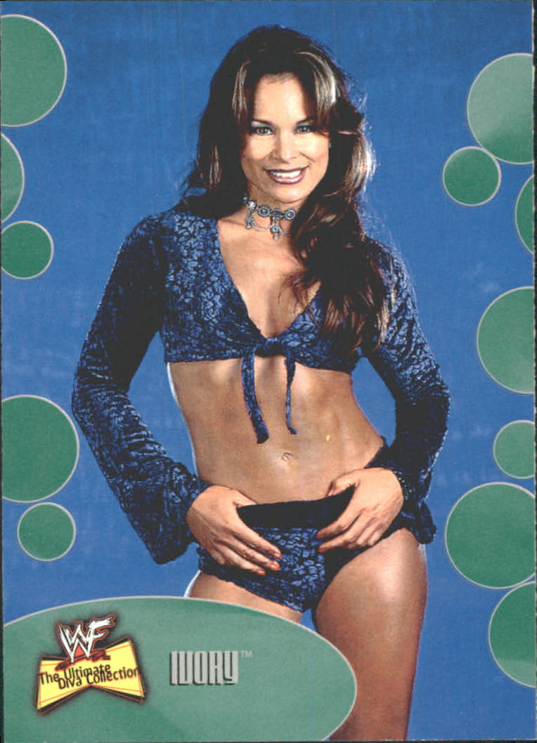 2001 Fleer WWF The Ultimate Diva Collection #10 Ivory