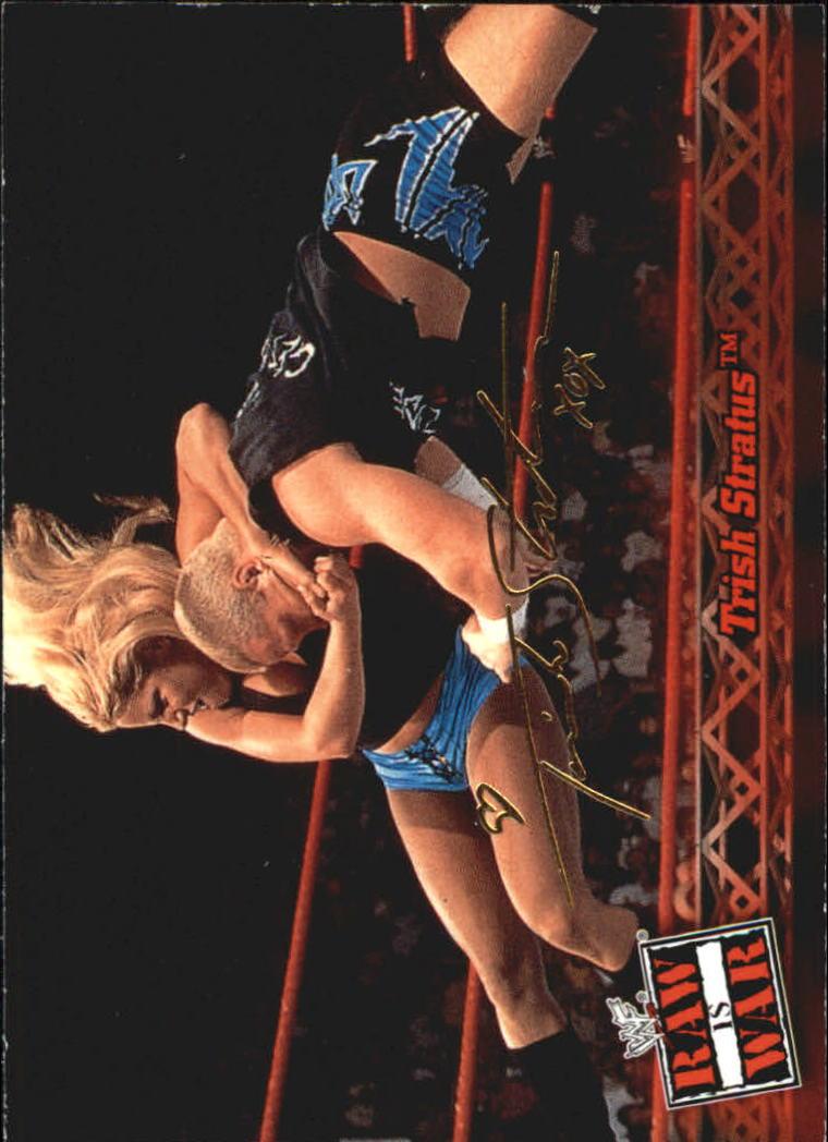 2001 Fleer WWF Raw Is War #17 Trish Stratus