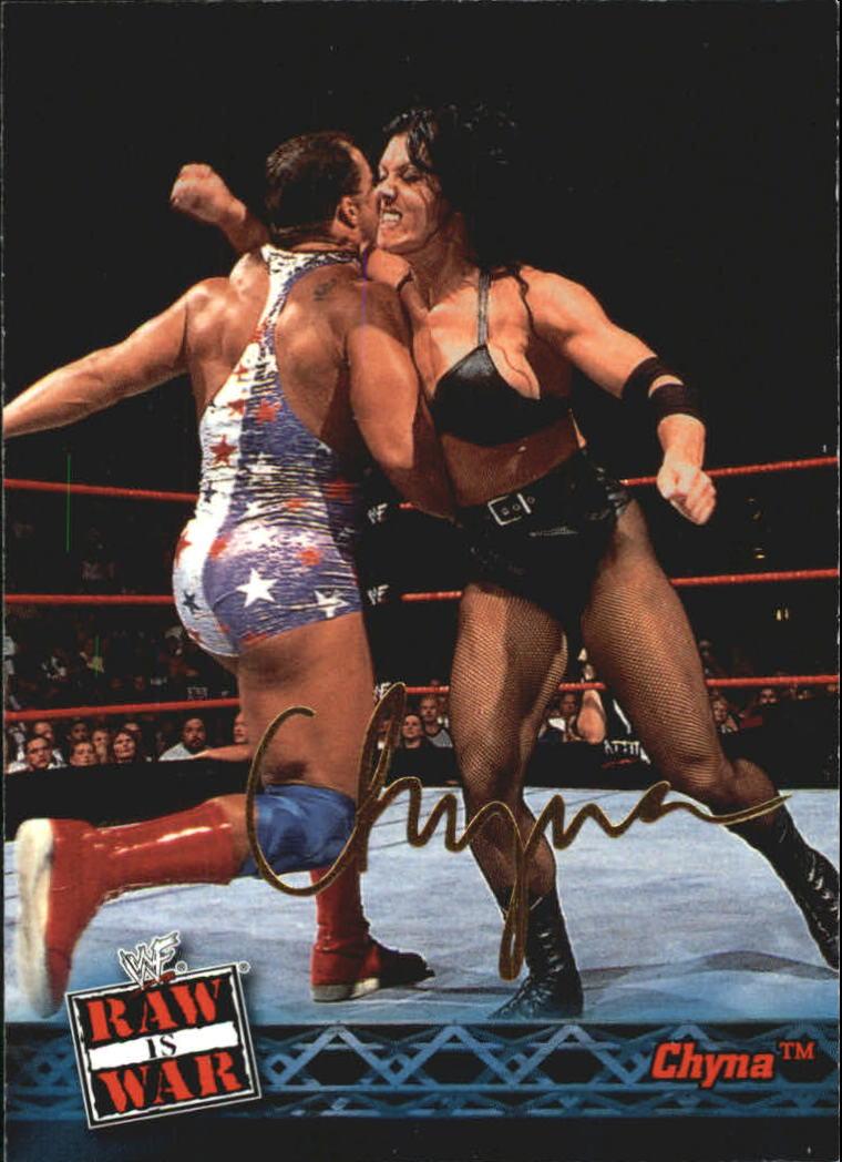 2001 Fleer WWF Raw Is War #23 Chyna