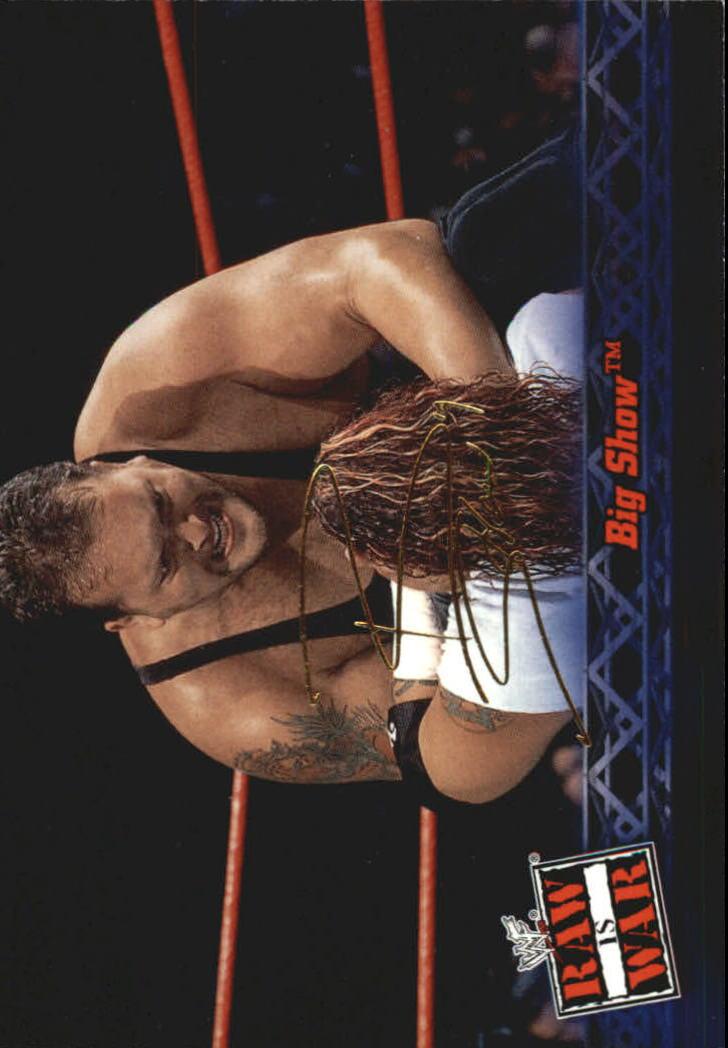 2001 Fleer WWF Raw Is War #44 Big Show