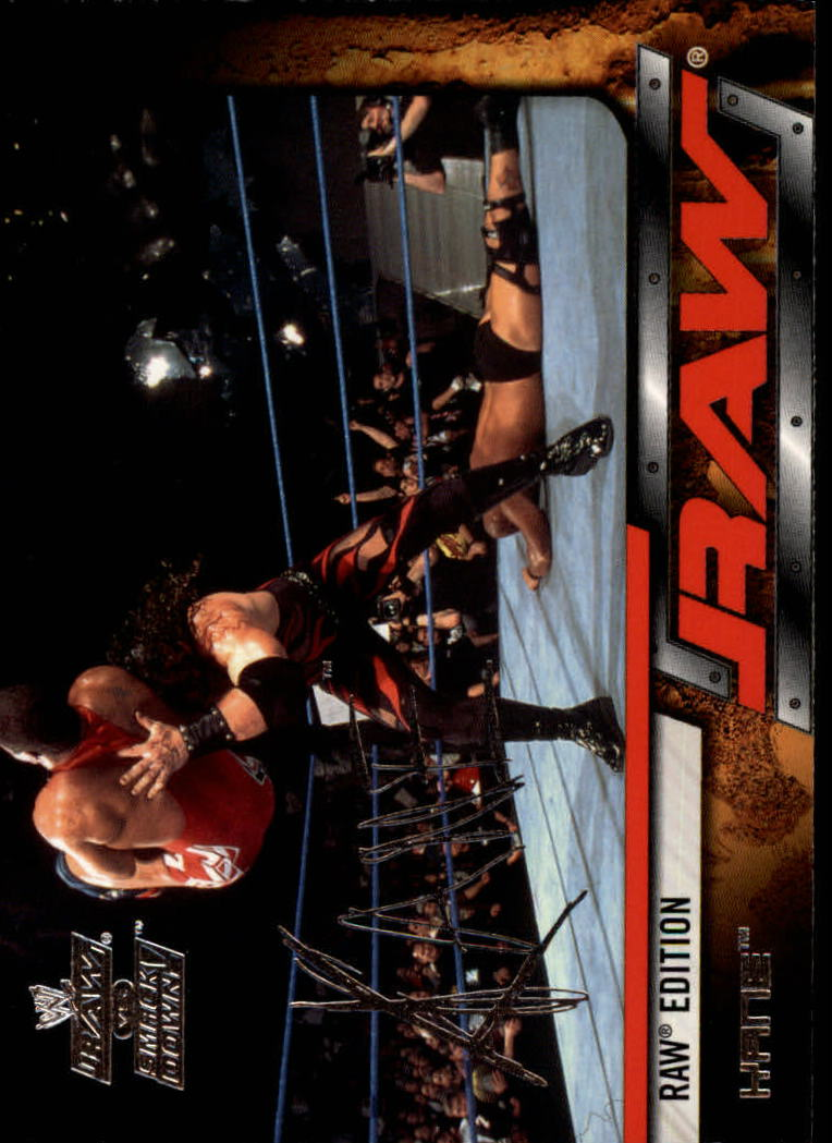 2002 Fleer WWE Raw vs. Smackdown #8 Kane