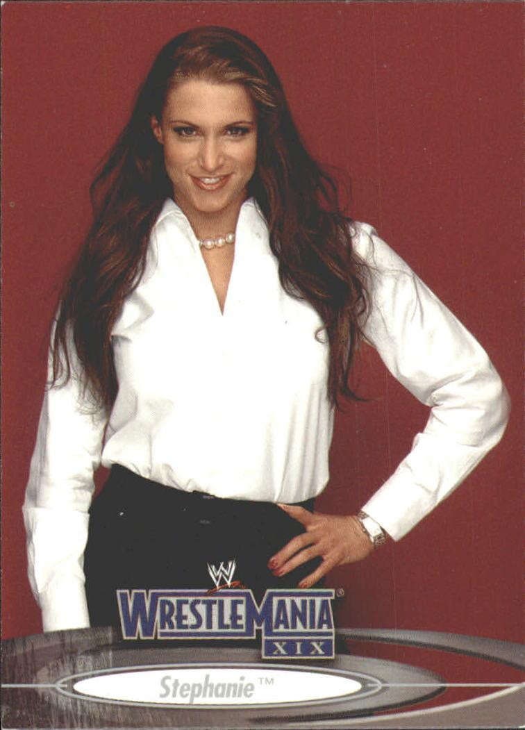 2003 Fleer WWE WrestleMania XIX #66 Stephanie