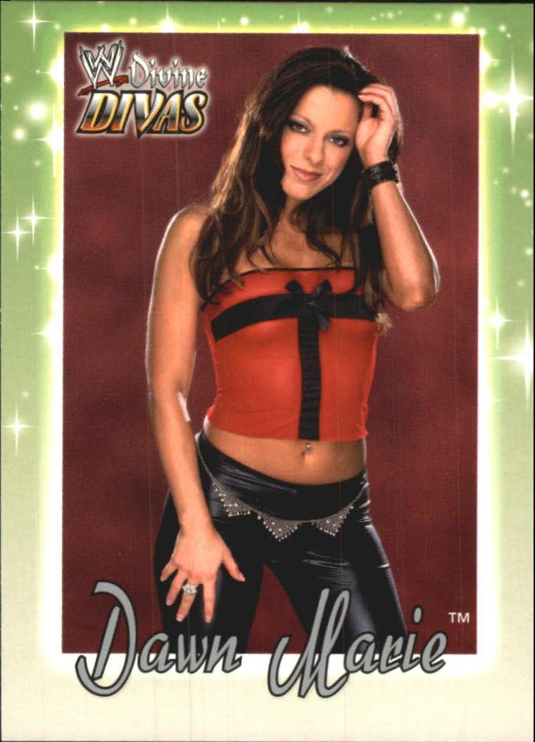 2003 Fleer WWE Divine Divas #17 Dawn Marie