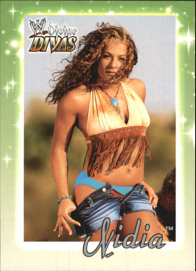 2003 Fleer WWE Divine Divas #19 Nidia