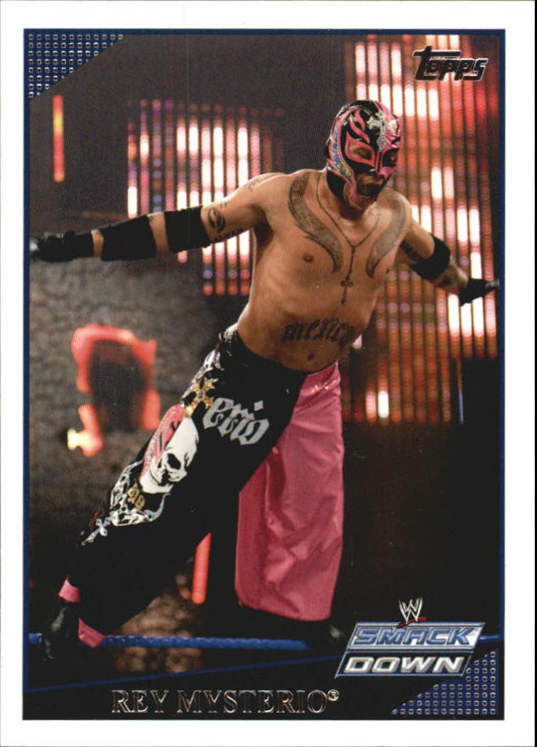 2009 Topps WWE #7 Rey Mysterio