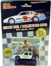 1989 Racing Champions Flat Bottom 1:64 #16 L.Pearson/NS
