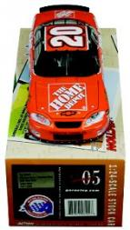 2005 Action Performance 1:24 #20 T.Stewart/Home Depot Hometown