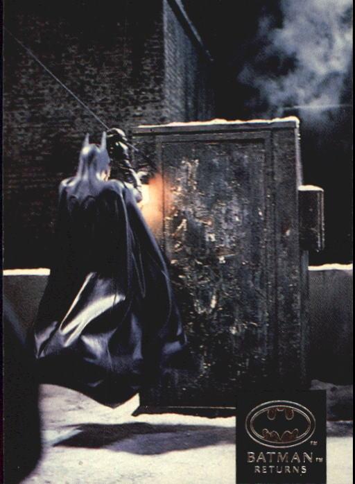 1992 Batman Returns Stadium Club #54 Director Tim Burton shoots Max Shreck